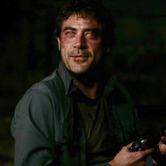 yellow eyes demon/John Winchester #Supernatural 1x22 Devil's Trap || Yellow Eyes Demon aka Azazel || John Winchester