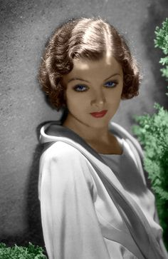 Portrait of Myrna Loy by George Hurrell, 1934 Hollywood Stars, Old Hollywood Glamour, Golden Age Of Hollywood, Vintage Hollywood, Classic Hollywood, Hollywood Boulevard, Hollywood Divas, Hollywood Couples, Hollywood Celebrities