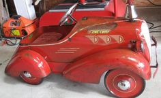 Web site devoted to the Pedal Car s and Pressed Steel toys. Over 300 Pedal Cars For Sale. Retro Toys, Vintage Toys, Kids Ride On, Pedal Cars, Cool Bicycles, Antique Toys, Old Toys, Motor Car, Cool Cars