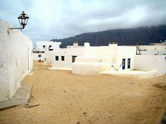 out of lanzarote Mediterranean Architecture, Mediterranean Sea, Paradise On Earth, Canario, Canary Islands, Travel Inspiration, Unity, Beach, Memories