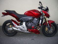 Cherchez-vous une moto ? Vous trouverez ce superbe moto sur OOservices.fr ou plus exactement : http://www.ooservices.fr/petites-annonces/moto-scooter-occasion+Marseille+Provence-Alpes-C%C3%B4te%5Ed%27Azur/superbe-moto-honda/lid:9196