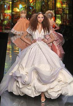 Результат поиска Google для http://weddingdressesfashion.net/wp-content/uploads/2010/07/wedding-dresses-dior-8.jpg
