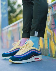 """buy online 39ad3 a3497 Bisso97120 🇫🇷🇬🇵 on Instagram  """"Nike Air Max 1 97 x  sean wotherspoon  PINK or BLUE  1 3   Article   Pict  Link in BIO (FRENCH   ENGLISH) or ..."""