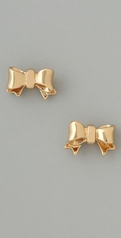 I know I have a pair of bow earrings, can I have another?