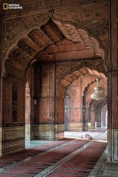 Morning Prayers . Delhi