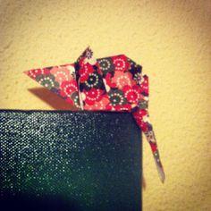 Ratón de origami.  https://www.etsy.com/es/shop/redesigning
