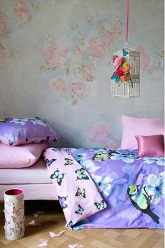 Mural and pink and purple girls room