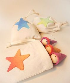 Waldorf Natural Toys, Gnomes in a bag, On the Go, Rainbow colour, Travelling gnome family, set of 3 with bag with Orange Star: