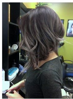Kinh Do Hair Design - Chandler, AZ, United States. Balayage Ombre' Lavender By HOLLY - Looking for Hair Extensions to refresh your hair look instantly? KINGHAIR® only focus on premium quality remy clip in hair. Visit - - for more detail Medium Hair Styles, Short Hair Styles, Haircut For Thick Hair, Hair Color And Cut, Great Hair, Hair Today, Pretty Hairstyles, Bob Hairstyles Brunette, Hairstyles 2018