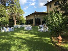 Location for wedding: Villa close to Florence
