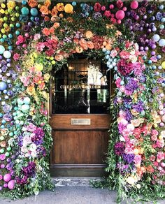 """Pretty Little London (@prettylittlelondon) on Instagram: """"The Ivy Chelsea Garden is all ready for Easter!  Picture by @wanderforawhile #theivy #chelsea…"""""""