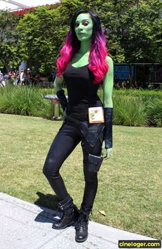 Disney Cosplay Gamora - COSPLAY IS BAEEE! Tap the pin now to grab yourself some BAE Cosplay leggings and shirts! From super hero fitness leggings, super hero fitness shirts, and so much more that wil make you say YASSS! - Photo of Gamora Disney Cosplay, Cosplay Anime, Comic Con Cosplay, Cosplay Dress, Cosplay Makeup, Cosplay Outfits, Cosplay Girls, Anime Outfits, Fashion Outfits