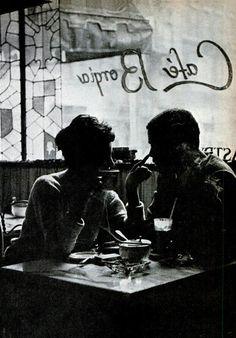 Café entre dos.  http://www.philipssenseo.com.ar/  https://www.facebook.com/PhilipsSenseoArgentina