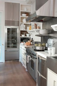 Small Deluxe Kitchen by @Lynda Reeves from #Canadian House and Home website