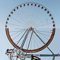 fietswiel en reuzenrad #combophoto