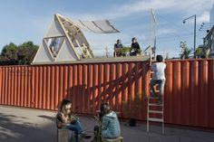 Los arquitectos de República Portátilsiguenexplorando nuevas formas de habitar y ocupar la ciudad. Buscando encende...