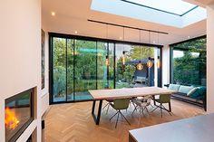 Aanbouw met CERO schuifsysteem in 2020 Outdoor Shade, Victorian Cottage, House Extensions, Brickwork, Rental Property, Design Firms, Contemporary Interior, Living Room Designs, Designer