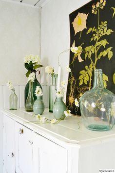 kukkamaljakko,lasimaljakko,maljakko,valkoinen