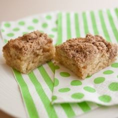 Vegan coffee cake, you can't help but have a good morning when you eat this for breakfast!