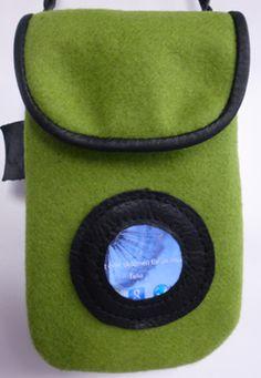 """Smartphonebag """"Look in"""" in wool and reindeer leather. www.ateljenord.com"""