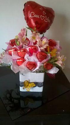 bombones, flores, regalo, aniversarios, novia, novio