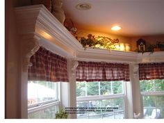 Building bay window cornices with a shelf in kitchens - Amazing House Design Kitchen Window Coverings, Window Cornices, Valances, Plywood Furniture, Window Shelves, Shelf Above Window, Cool House Designs, Bay Window, Window Treatments