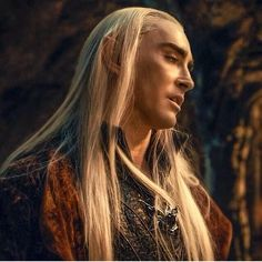 Thranduil pic.twitter.com/cKJPRUdW29 - OMGGGGGSQUEEE!!!! isnt he just the hottest character ever ever ever?!?!?! in all the lotr movies put together noone comes close to him. OMG just look at that face!!!!! He is divine :explodes with beauty overload: