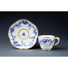 Cup - (Tasse) gobelet Hebert, Sevres.