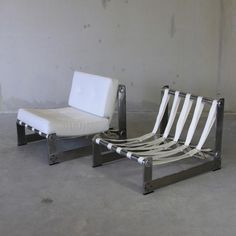 PAIR of Lounge Chairs by Pierre BOUCHEZ for AIRBORNE 1970