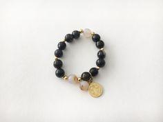 Pulsera piedras naturales y medalla San Benito con baño de oro Q165 BP