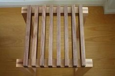 Post with 18789 views. Handmade Wood Furniture, Homemade Furniture, Furniture Projects, Furniture Design, Wood Projects, Hallway Chairs, Table And Bench Set, Bucket Chairs, Plumbing Pipe Furniture