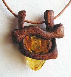 Янтарь с включением - древесины AmberSculpture на DeviantArt