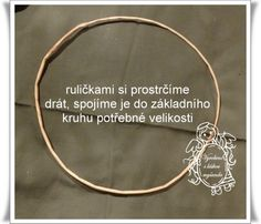 Věnec omotávaný (vrstvený) Corn Husk Wreath, Alex And Ani Charms, Hoop Earrings, Wreaths, Bracelets, Gold, Jewelry, Wedding, Crowns