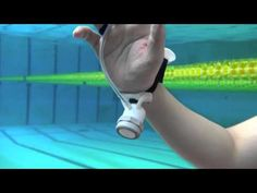 Scientists develop a glove that allows you to feel what is deep down in the water - Interesting Engineering