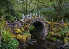 The Fairy Bridge of Glen Creran http://www.traveling-savage.com/2015/09/09/finding-fairy-bridge-glen-creran/