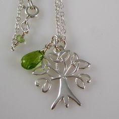 tree of life, pendant, silverchain, peridot, green