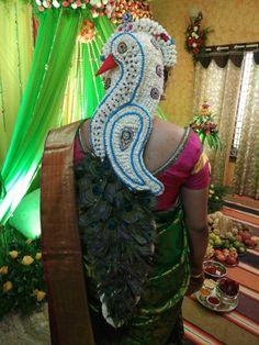 Pin by Aishwarya manjunath on Weird braids in 2019 South Indian Wedding Hairstyles, Bridal Hairstyle Indian Wedding, Bridal Hair Buns, Short Wedding Hair, Wedding Hairstyles For Long Hair, Indian Hairstyles, Bride Hairstyles, Bridal Hairdo, Bridal Hair Flowers