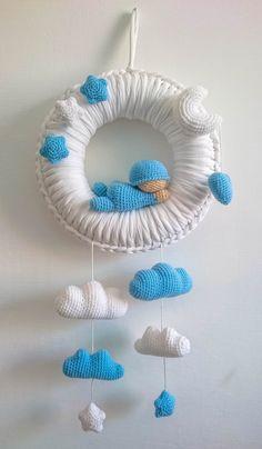 Crochet Baby Mobiles, Crochet Mobile, Crochet Baby Toys, Newborn Crochet, Crochet Home, Crochet Crafts, Crochet Dolls, Crochet Projects, Baby Knitting Patterns