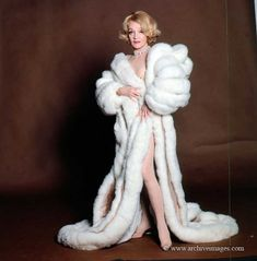 Vintage Hollywood, Hollywood Glamour, Classic Hollywood, Marlene Dietrich, Fancy Robes, Becoming An American Citizen, Hollywood Costume, Divas, Lgbt