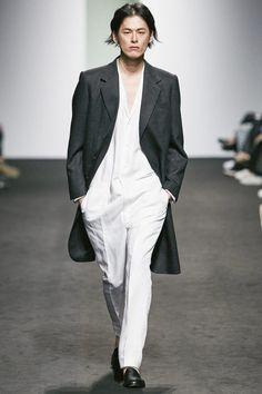 Kim Seo Ryong Spring/Summer 2016 - Seoul Fashion Week - Male Fashion Trends