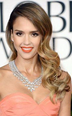 Jessica Alba hair & coral lip