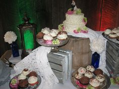 Vintage Wedding Cupcake Display