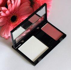TRISH MCEVOY Makeup Wardrobing Petite Page (Finishing Powder & Blush) #TrishMcEvoy $40.00 available @ stores.ebay.com/kleeneique #kleeneique