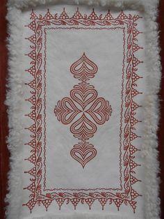 Svensk fell Textile Design, Textile Art, Sheepskin Rug, Norway, Scandinavian, Blankets, Folk, Textiles, Interiors