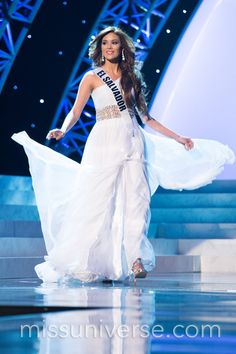Gorgeous #wedding gown inspiration from Miss El Salvador 2012 #missuniverse2012 #weddingdress