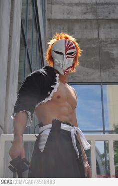Manga Cosplay Kurosaki Ichigo (Hollow Form) Cosplay - More memes, funny videos and pics on Cosplay Bleach, Ichigo Cosplay, Cosplay Anime, Epic Cosplay, Male Cosplay, Amazing Cosplay, Cosplay Costumes, Amazing Costumes, Cosplay Outfits