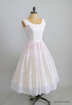 Vintage 1950s Dress  50s Pink Eyelet Lace Party