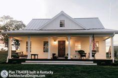 Simple Farmhouse Plans, Farmhouse Floor Plans, Farmhouse Design, Country Farmhouse, Barn House Plans, Cottage House Plans, New House Plans, Cottage Homes, Building A House
