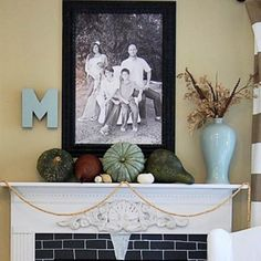 23 Stunningly Beautiful Fall DIY Mantle Décor Ideas #mantle #decorating #DIY #rustic #styling
