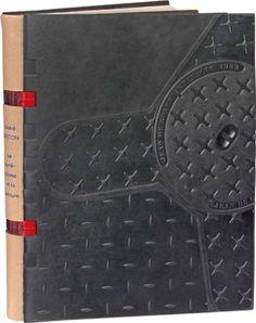 BRETON (André)  Le Surréalisme et la peinture. Paris, Gallimard, 1928. In-8, plats moulés en rim noir, dos de box gris titré, faux-nerfs en toile rouge aux coutures apparentes, couverture (Jean de Gonet Artefacts).